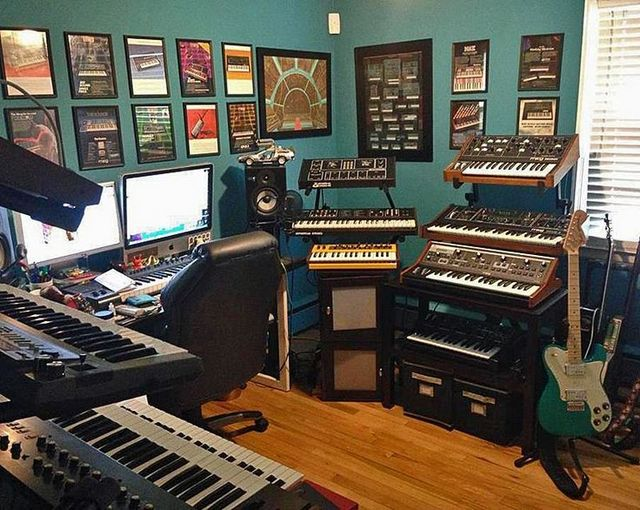 Phenomenal 20 Home Recording Studio Setup Ideas To Inspire You Infamous Largest Home Design Picture Inspirations Pitcheantrous