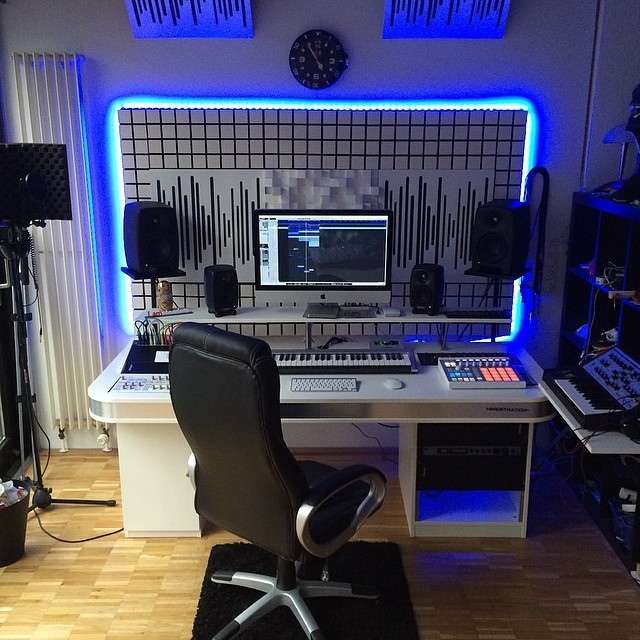 20 home recording studio setup ideas to inspire you for Recording studio flooring